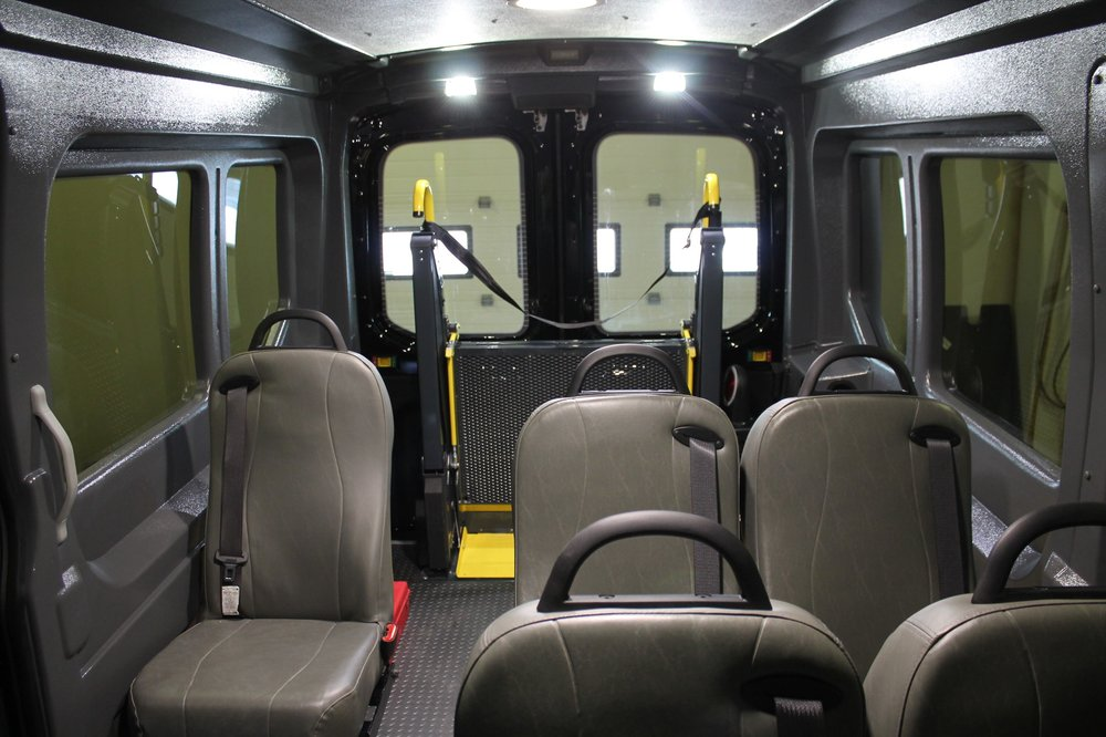 Ford Transit: Rear Entry