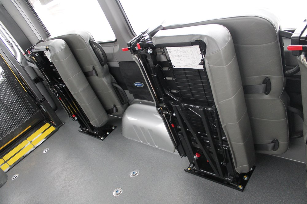 Mercedes Sprinter: Rear Entry