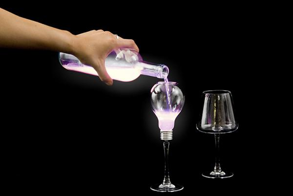 DElight: liquid light