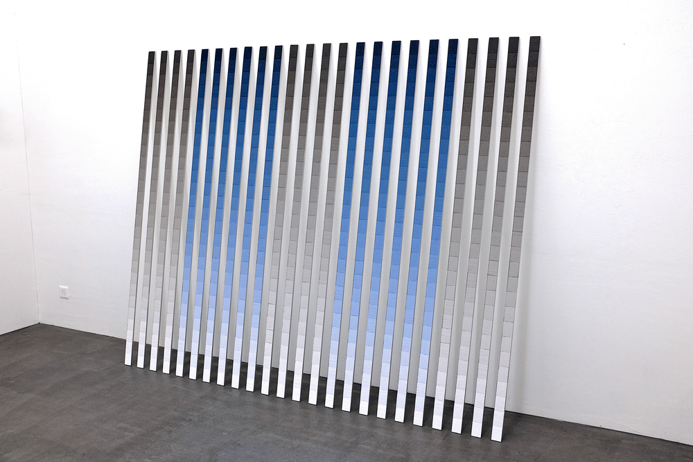 wand-installation nr. 05/2013 - 200 x 240 cm (variabel) - alurahmen / styropor bemalt