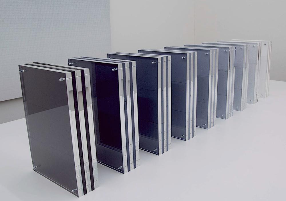 tisch-installation nr. 03/2009 - acrylglas / styropor bemalt- 9 x 29.7 x 21 x 6.5 cm (variabel)