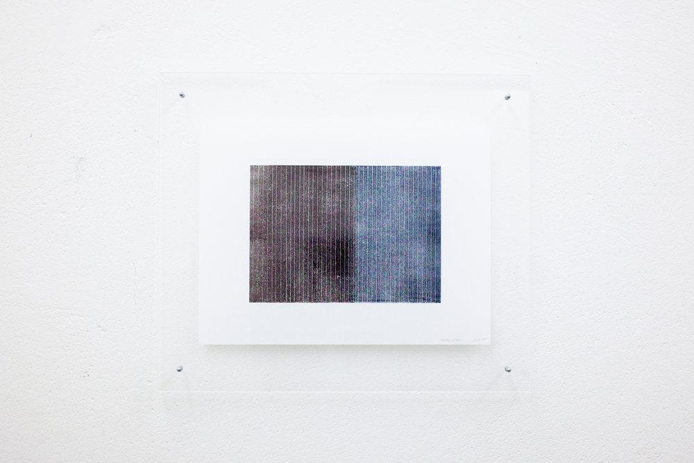 monotypie nr. 02/2015 - 15 x 21cm - kupferdruckfarbe auf japanpapier in sandwich-acrylglasrahmen