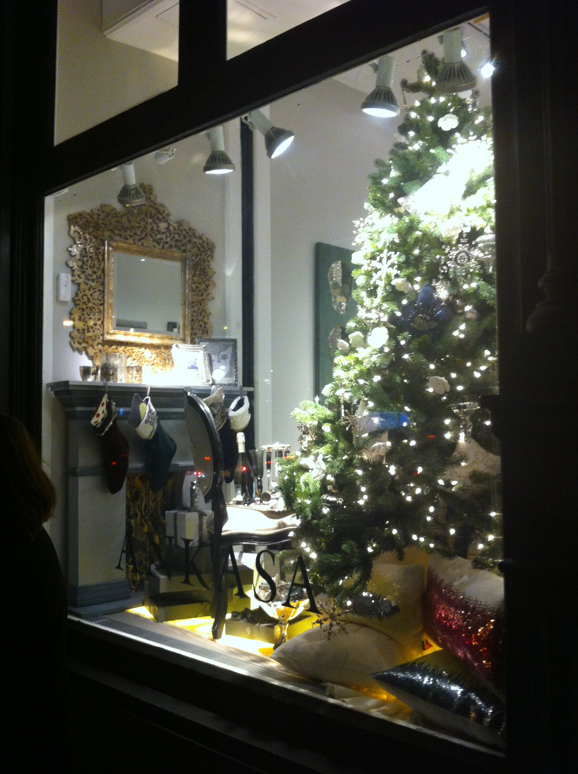 A holiday window pic of the Ankasa Soho store