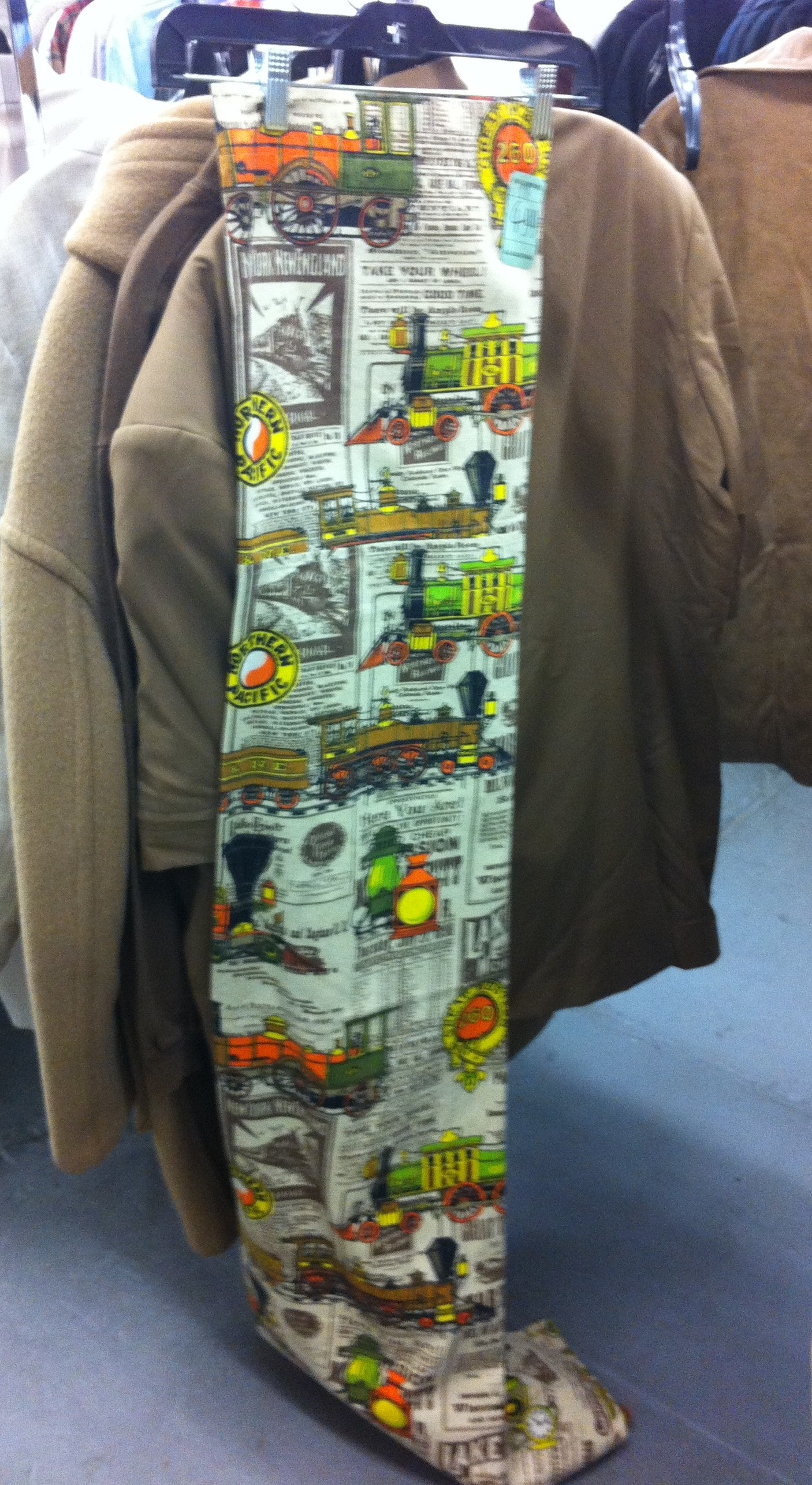 Pic of another retro fabric from thrift store of trains
