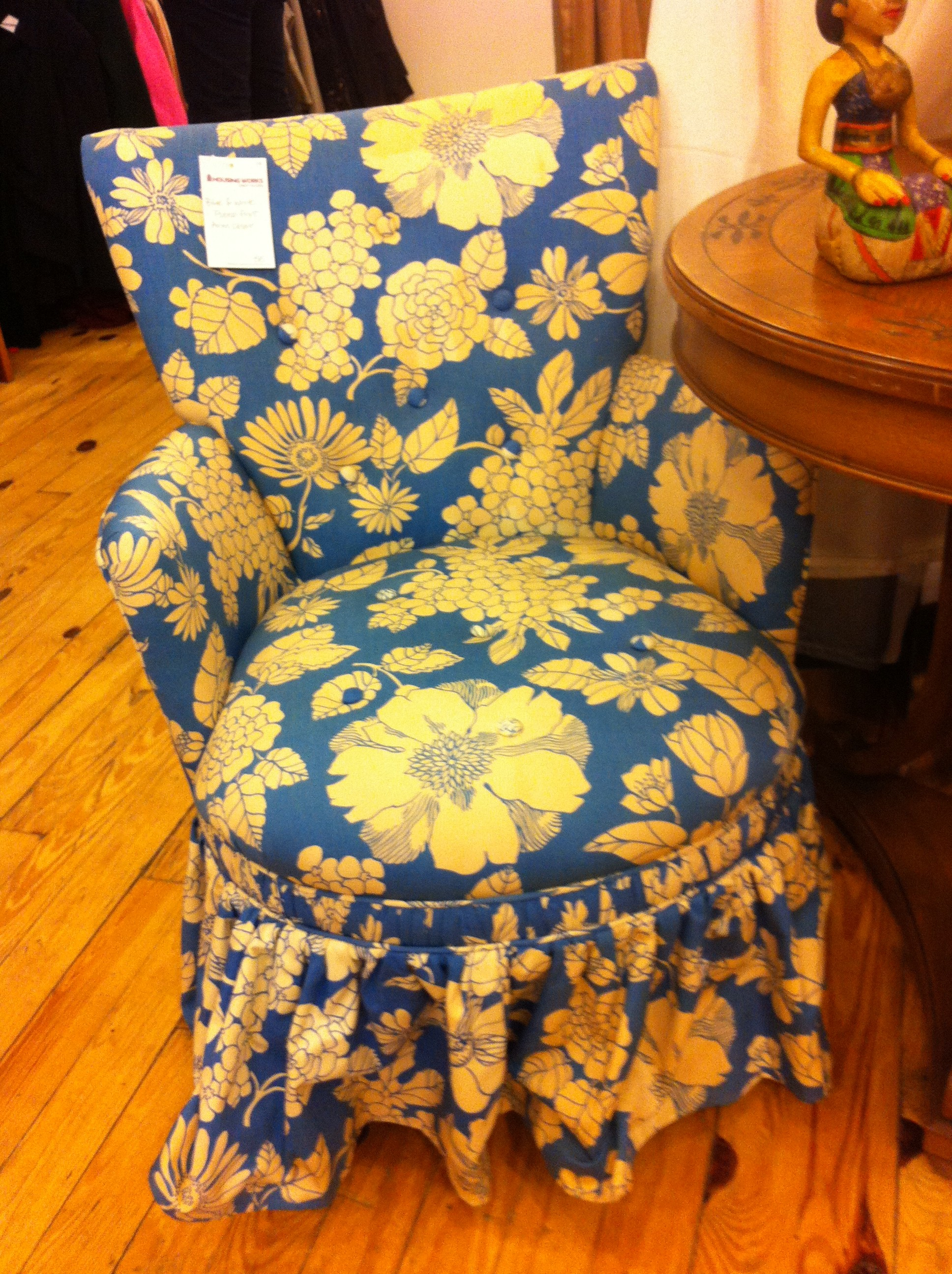 A pic of the other armchair at thrift store