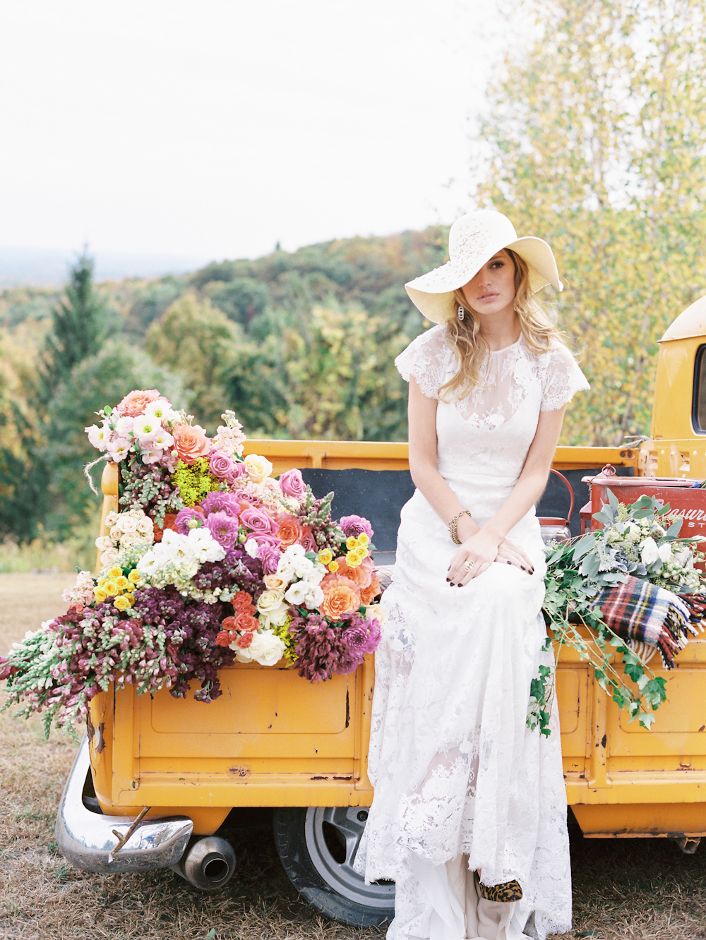 Fall Wedding & Camping Editorial 0055.jpg