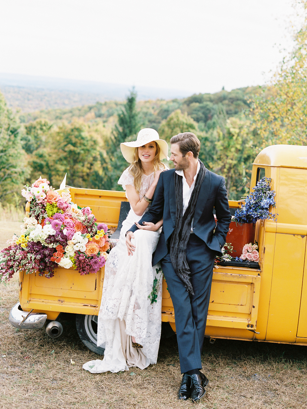 Fall Wedding & Camping Editorial 0073.jpg