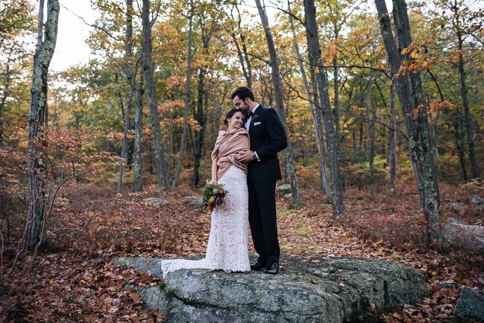 Wedding-NewYork-CedarLakesEstate-20141011-035.jpg