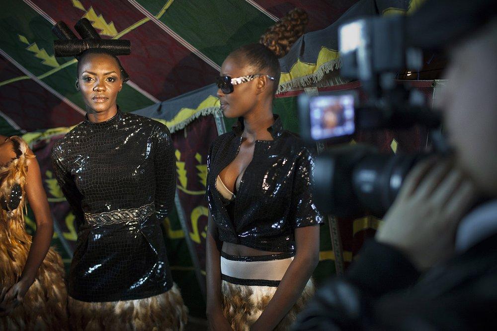 AWA_AFRICAN MODEL_NIGER_FASHION_HECTOR MEDIAVILLA10.jpg