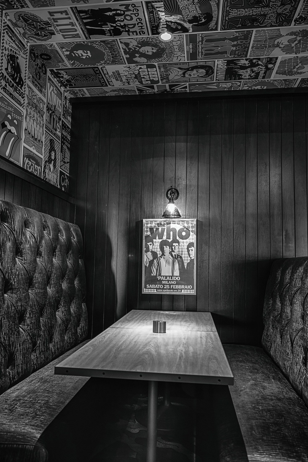 Hard Rock-Who Booth B&W.jpg