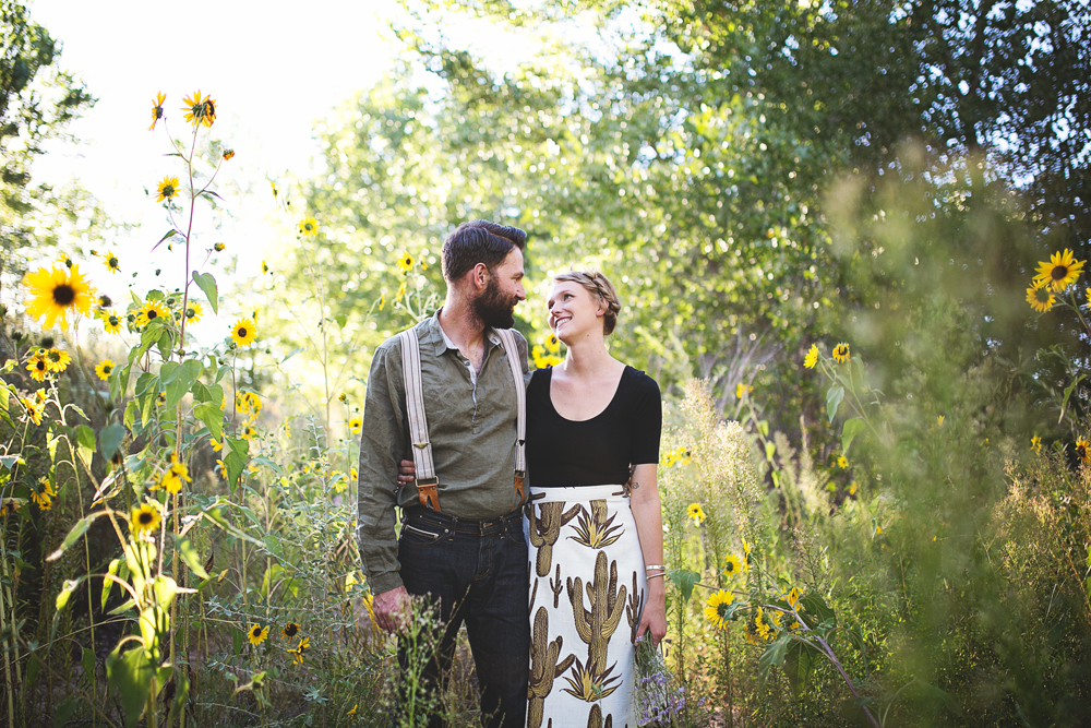Ben + Chelsea | Albuquerque Sunflower Engagement Session | Liz Anne Photography 04