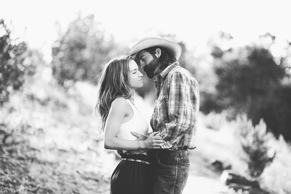 Santa Fe Wedding Engagement | Liz Anne Photography 03.jpg