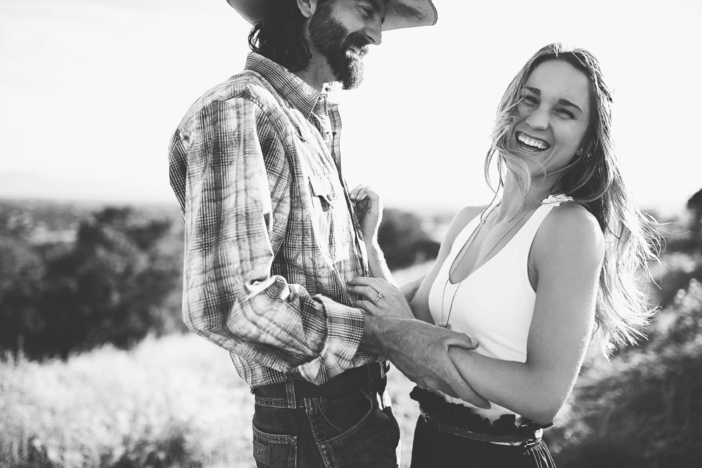 Santa Fe Wedding Engagement | Liz Anne Photography 12.jpg