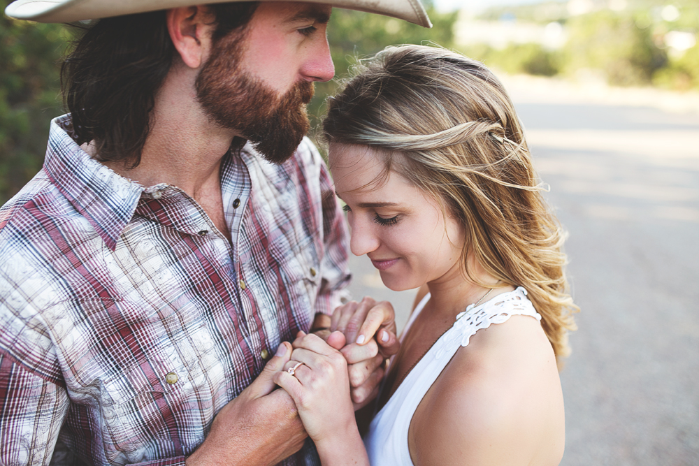 Santa Fe Wedding Engagement | Liz Anne Photography 27.jpg