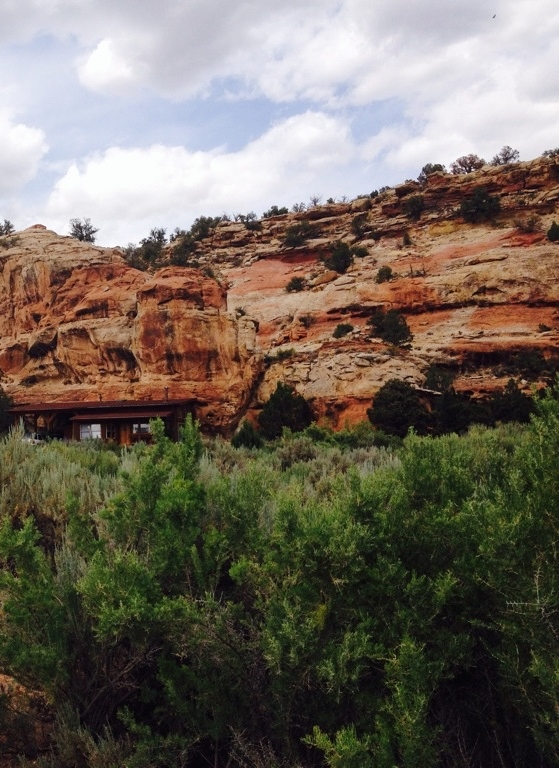 Red Rock Canyon Private Experience - This is Laura's home in Southwest Colorado. Join her and the beings of Sage Canyon for private or semi-private earth-based coaching immersions.