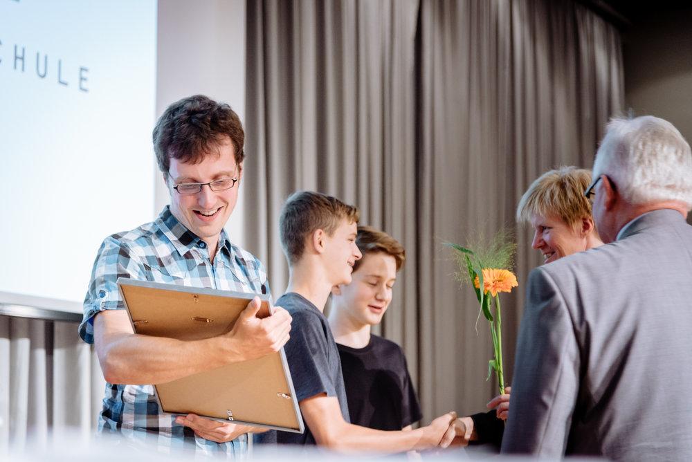 21.09.2106 / Weimar / »Galaempfang 2016 Jungforscher Thüringen« im Seminargebäude der Weimarhalle / STIFT / Auzeichnung »MINT-freundliche Schulen 2015« Thüringen / Foto: Henry Sowinski