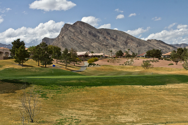 Highland Falls (image via lasvegasgolf.com).