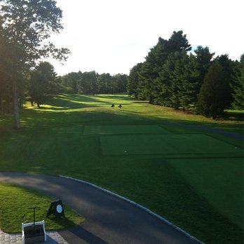 A view down the fairway on the 1st. Credit: yelp.com