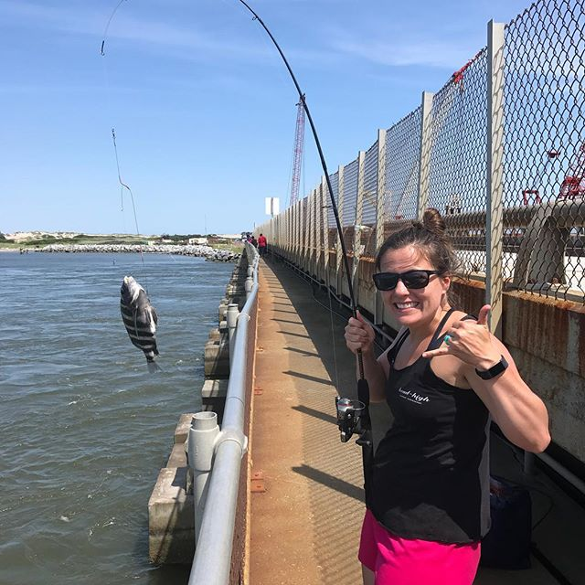 Another awesome day on the outer banks, I got skunked, the ladies killed it #sheepshead #oregoninlet #fishing #obx #home