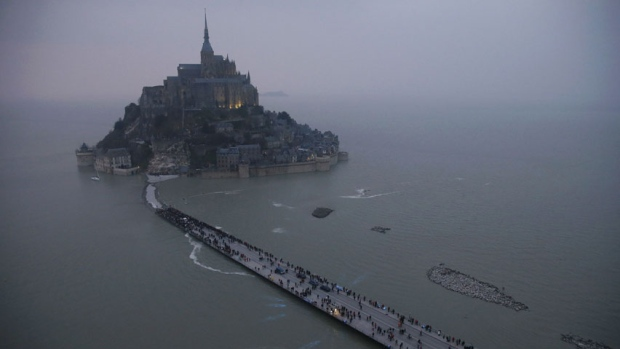 supertide mont st michel
