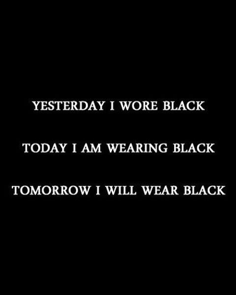 we make it easy for you to find things to wear • • ALL BLACK  e v e r y d a y  #blackwednesday #black #blackonblack #allblackeverything #allblack #allblackeveryday #shoplocal #philly #shopsmall #blackonblack #word #inspo #quote #inspiration