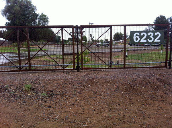 DMS gate and fence