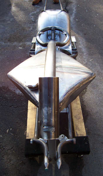 Motorcycle gas tank details