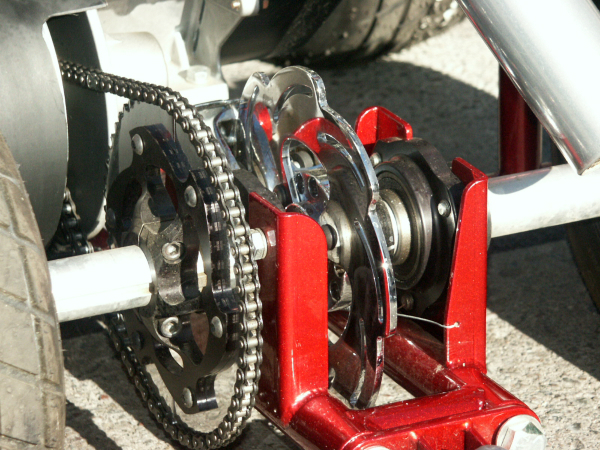 Racing barstool rear axle details