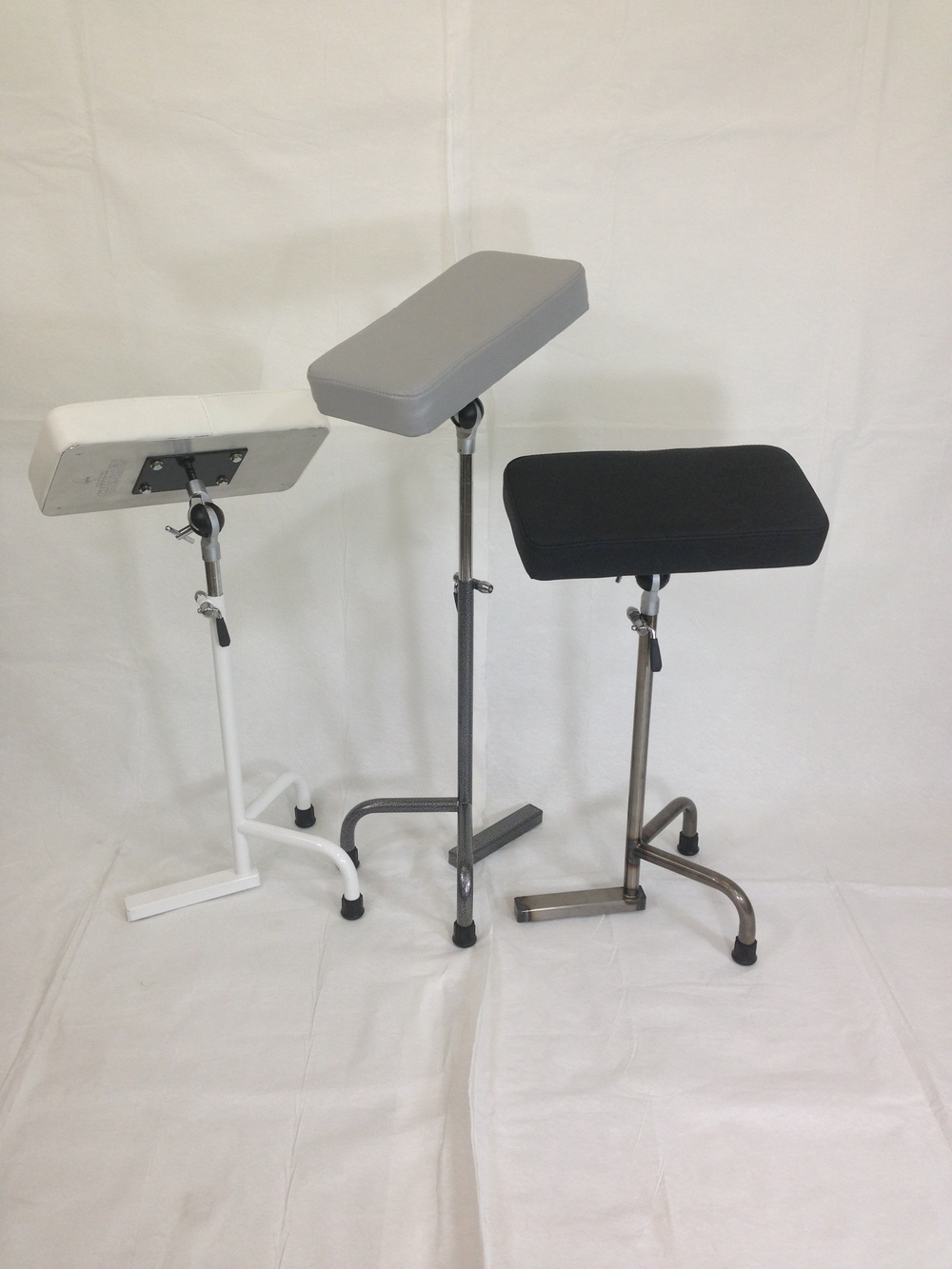 Our Gen 3 stand with a wider foot, a bigger base circle and travel friendly..jpg