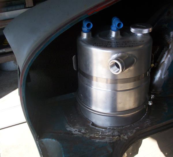 Carmen Ghia dry sump oil tank
