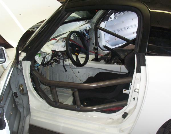 SCCA Honda cage with door bars