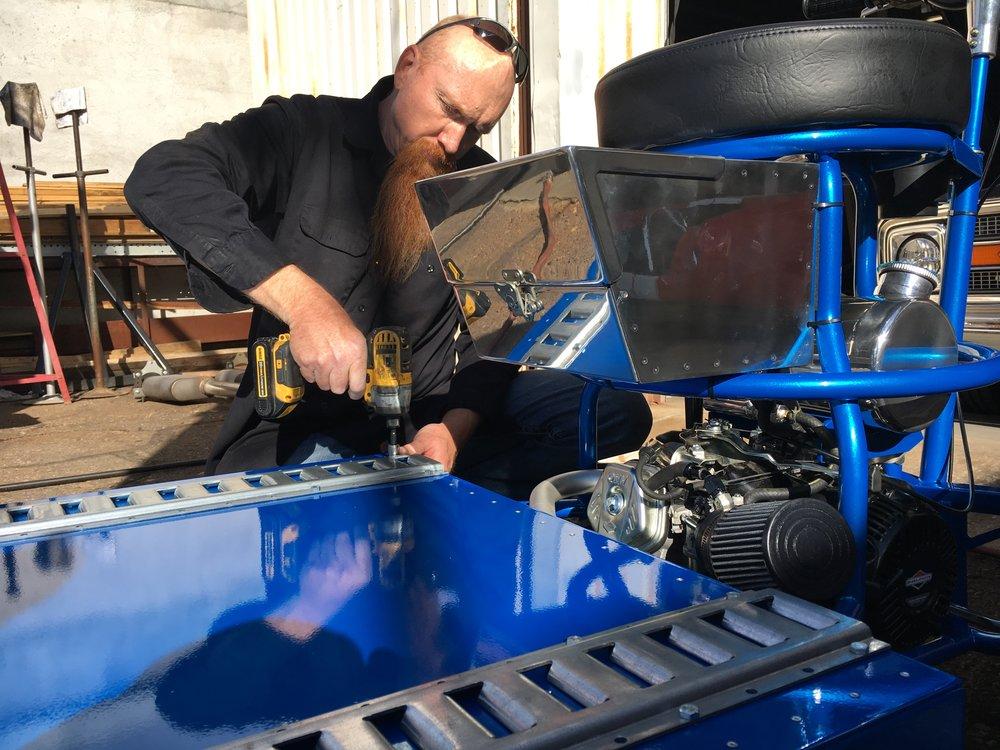 Barstool racer assembly