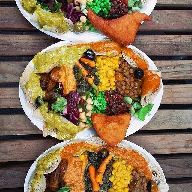 That's the way we like it. #ethiopianfood #ethiopiancuisine #injera #samosa #africanfood