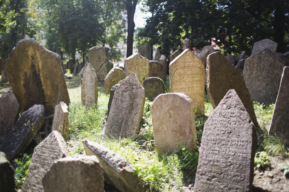 old_jewish_cemetery.jpg
