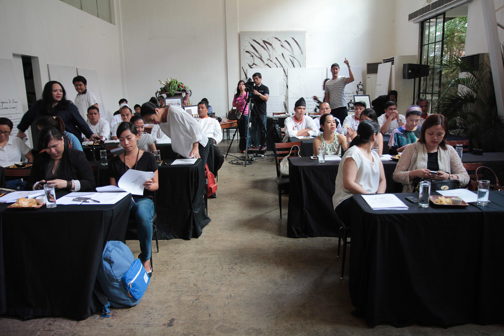 Students at Casa Artusi Philippines' first session