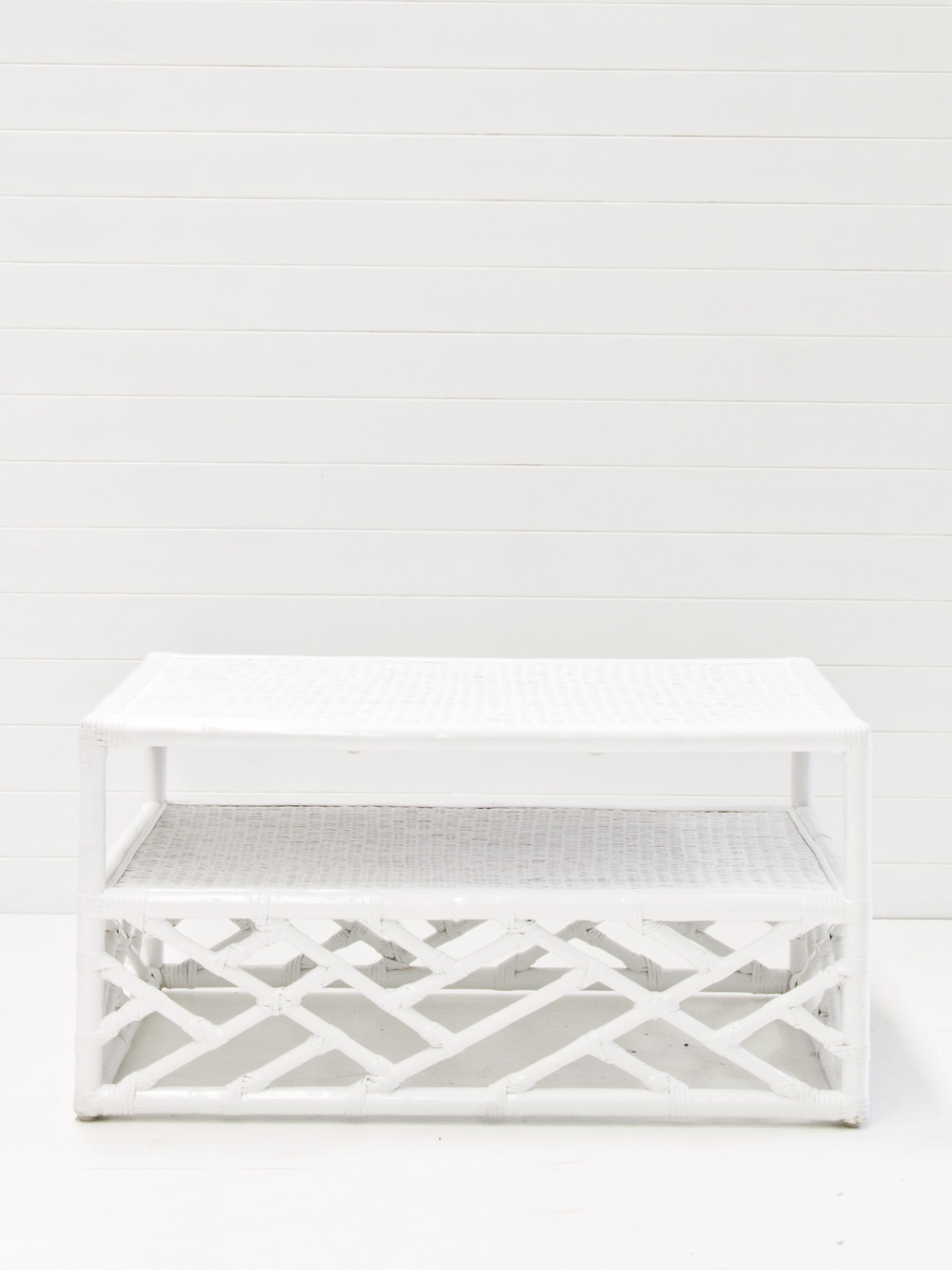 White summer coffee table.jpg