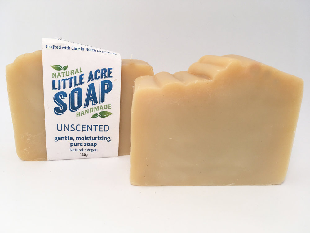 UNSCENTED  There are absolutely NO added scents or colourants added to this bar - just quality, skin nourishing olive, avocado, coconut, and castor oils with a generous helping of organic shea butter.