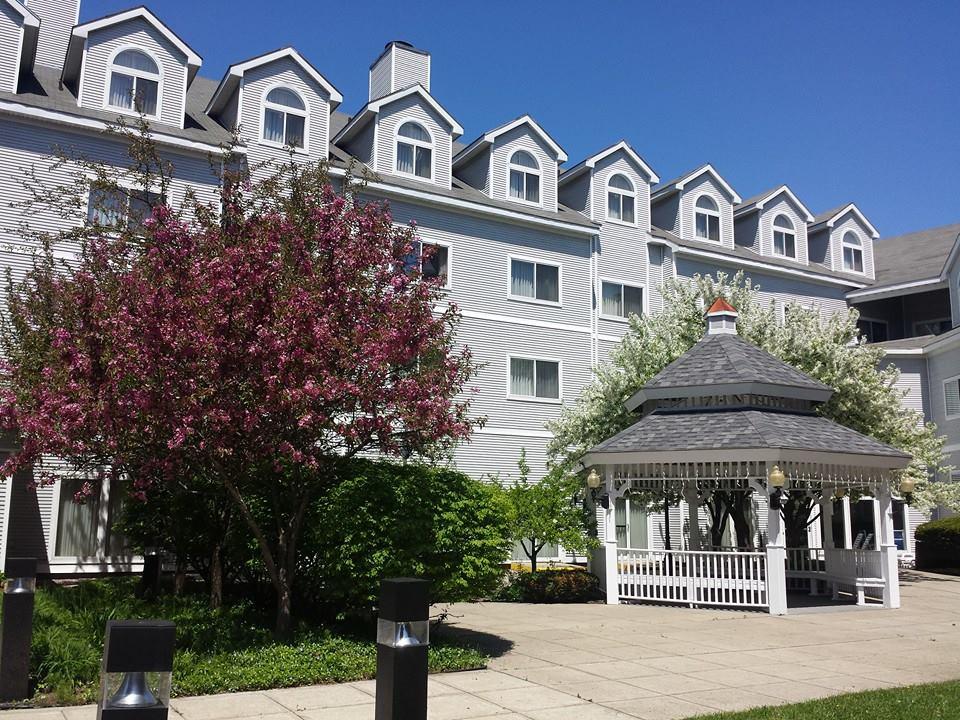Hampton Inn 1.jpg
