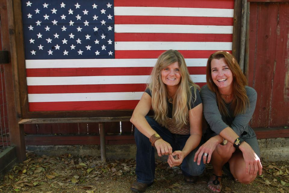 Our Farmyard Darlings American Flag made from reclaimed wood is a tremendous symbol of liberty, justice and freedom for all. Please treat all American flags with the utmost of respect. Kim & Carole