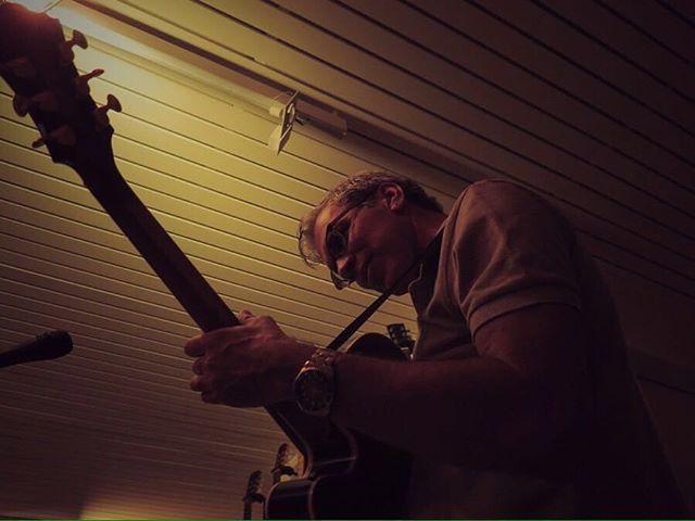 Sobre ontem à noite, no ensaio. Bela foto de @pfobarba 👏🏼👏🏼👏🏼👏🏼 #ensaio #jazz #celsofonseca
