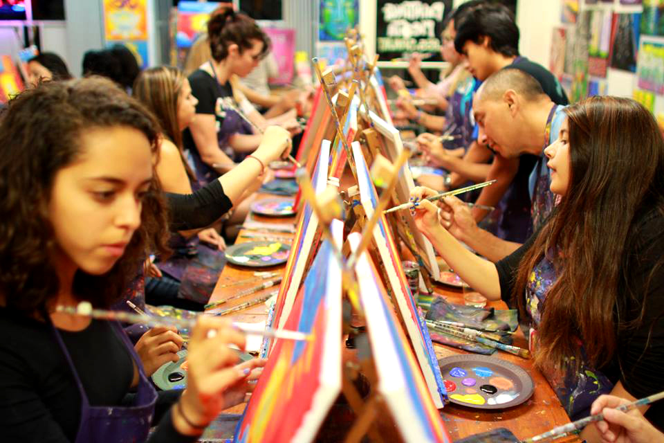 Come join the fun for the House of Hope's first all-age sip and paint Saturday, 3/25 at 3 pm.