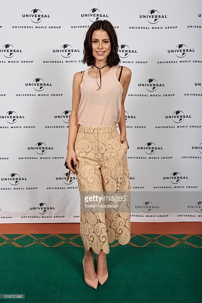 Lena Meyer-Landrut bei der Universal Pre-Party zur Echo Verleihung 2016  in Levi's Made & Crafted Seidentop