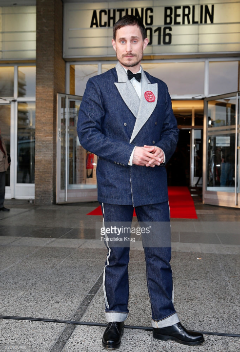 "Clemens Schick in Levi's Vintage Clothing Tuxedo beim ""Achtung Berlin"" Film Festival 2016"