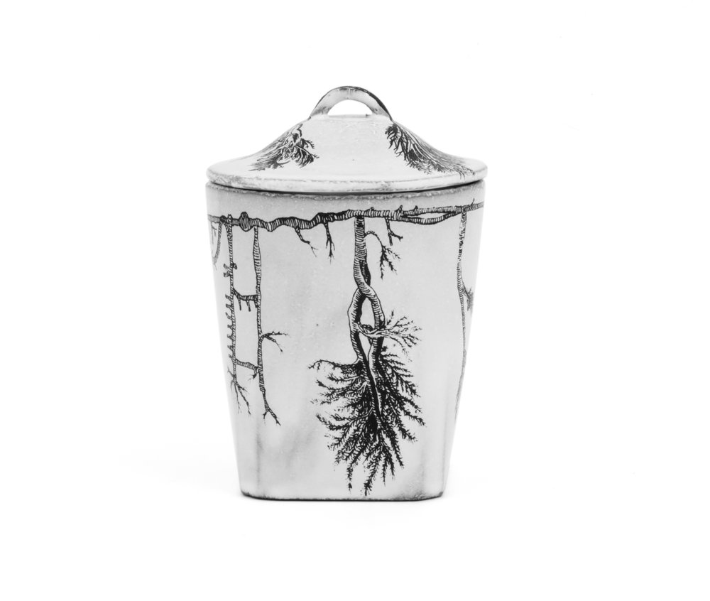 Astier_de_Villatte_Scented_Candle_Palaisdetokyo_Keramik-Deckel.jpg
