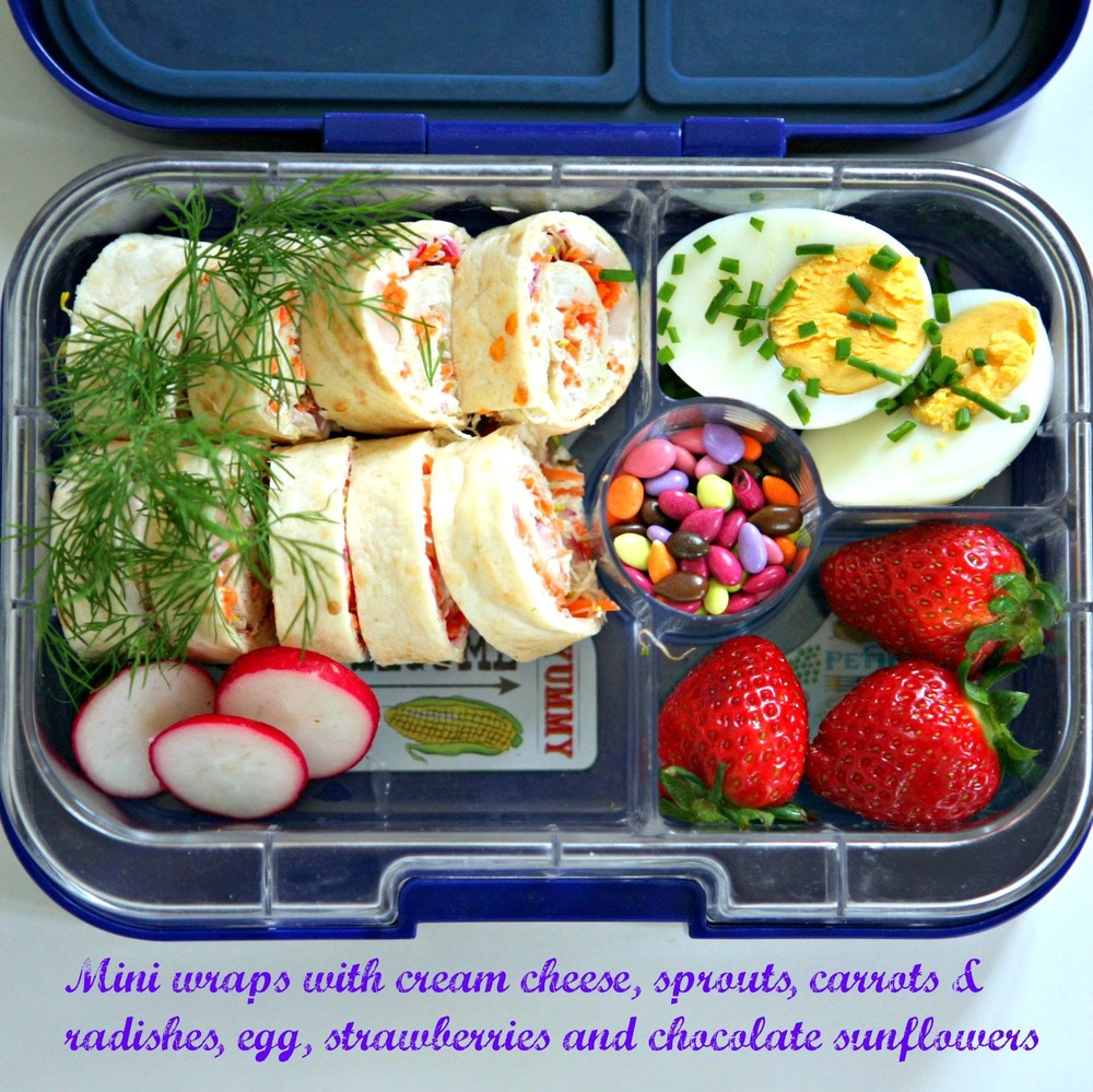 The Yumbox Panino with Mini Wraps