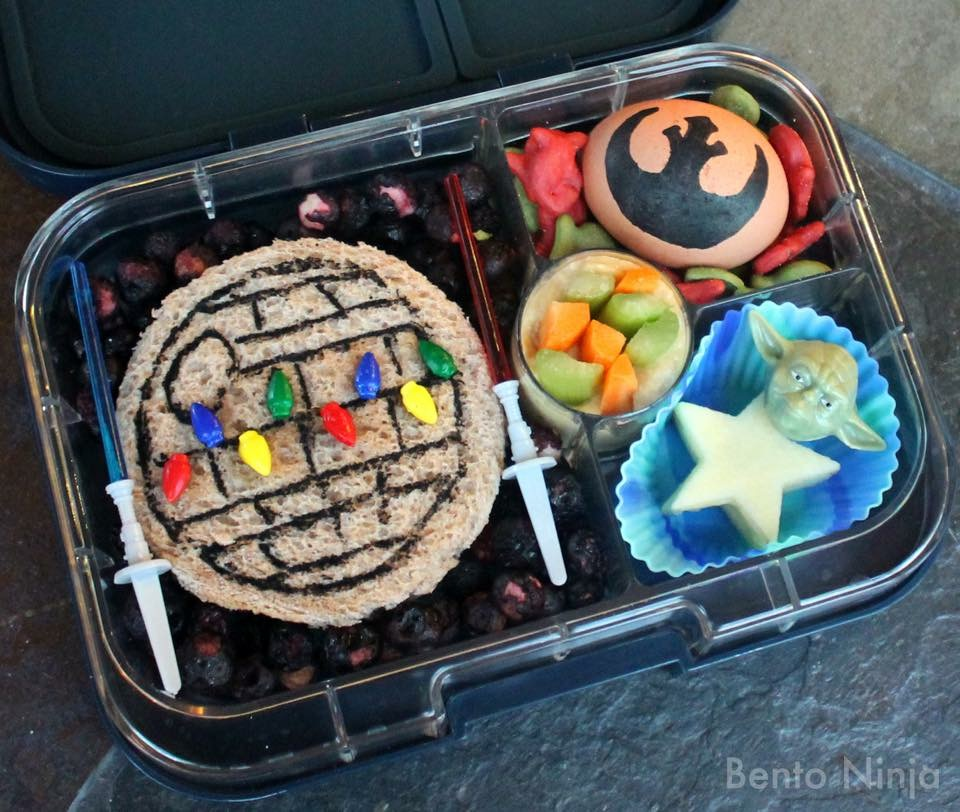 The Star Wars Yumbox Panino by Bento Ninja