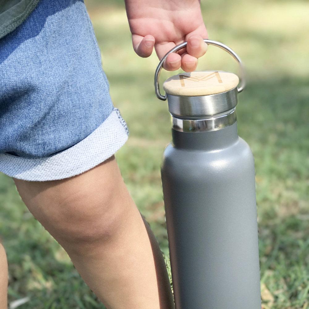 Montii Water Bottles