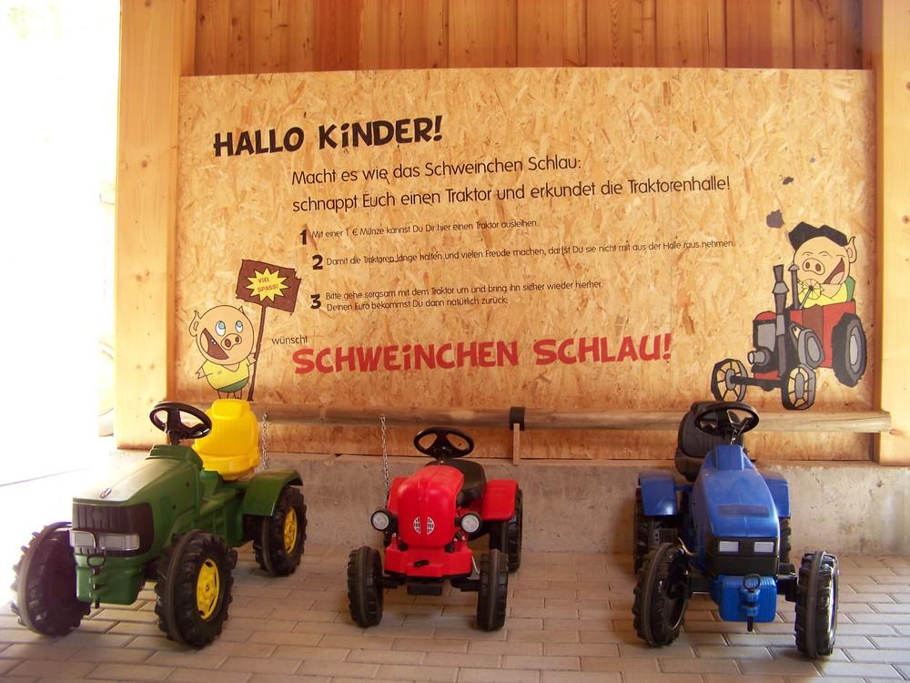 Traktorenhalle Blankenhain (6).jpg