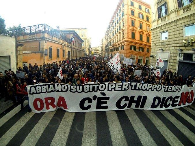 Corteo dei comitati di base e dei movimenti per il No Sociale, Roma, 27 novembre 2016