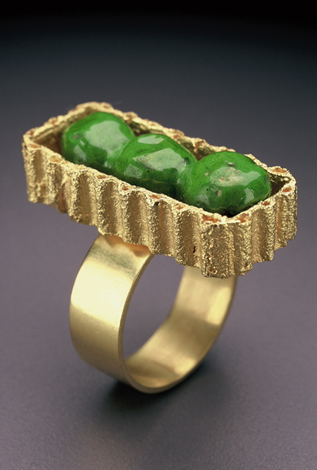 Peas in a Box ring, enamel, gold